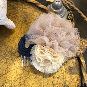 Fascinator hair comb denim tulle nwt creamBoutique, used for sale